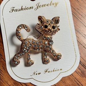 Rhinestone Cat Brooch